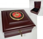 Medallion Desktop Box Desk Accessories